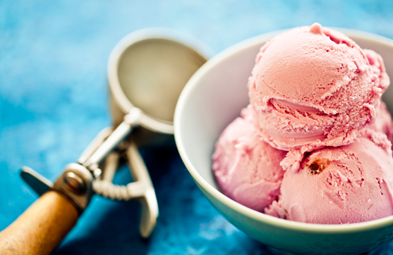 Strawberry ice cream in a bowl